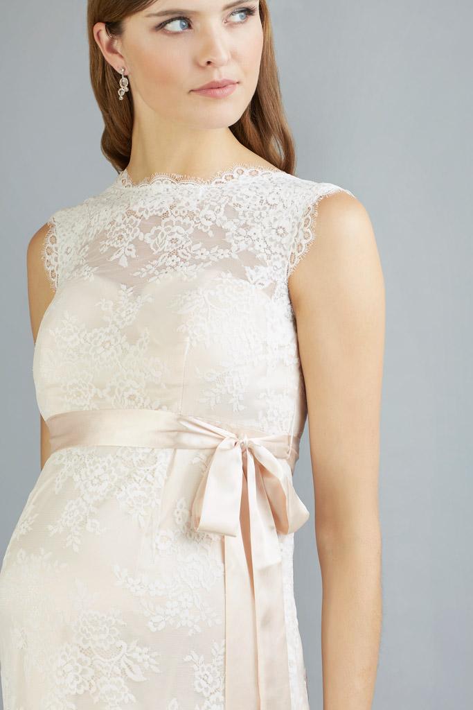 Brautkleider für Schwangere - Sweet Belly - Tabea vorne